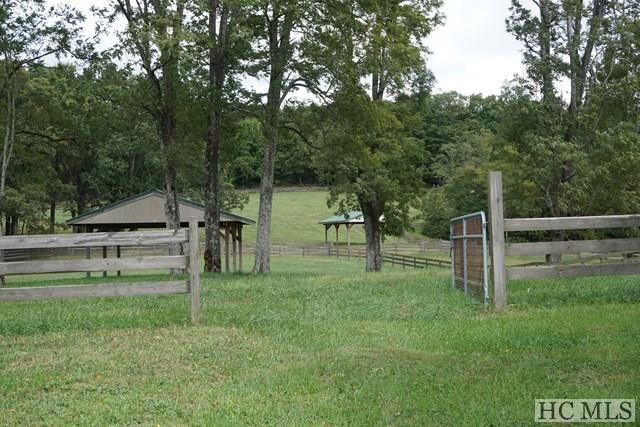 highlands farm for sale - pastures and fencing